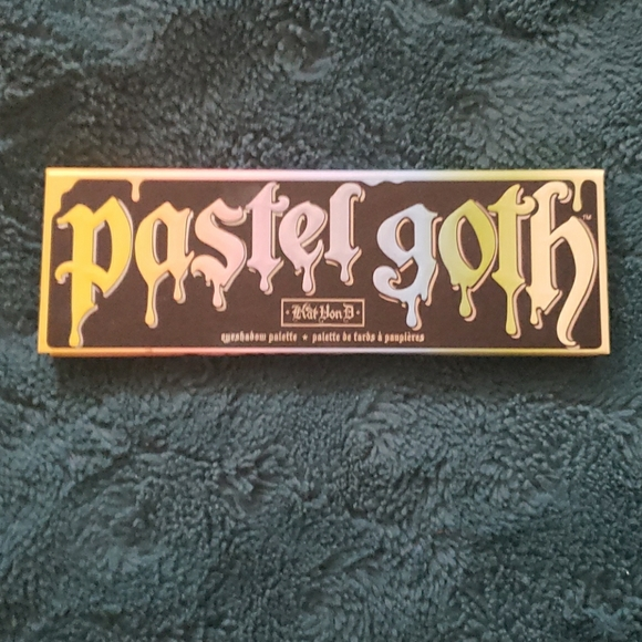 Kat Von D Other - Pastel Goth palette